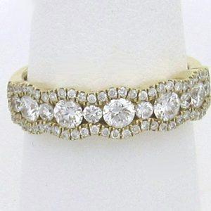 2243 Yg Diamond Band