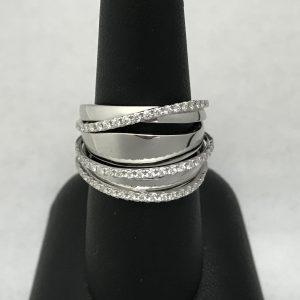 2561 Diamond Fashion Ring